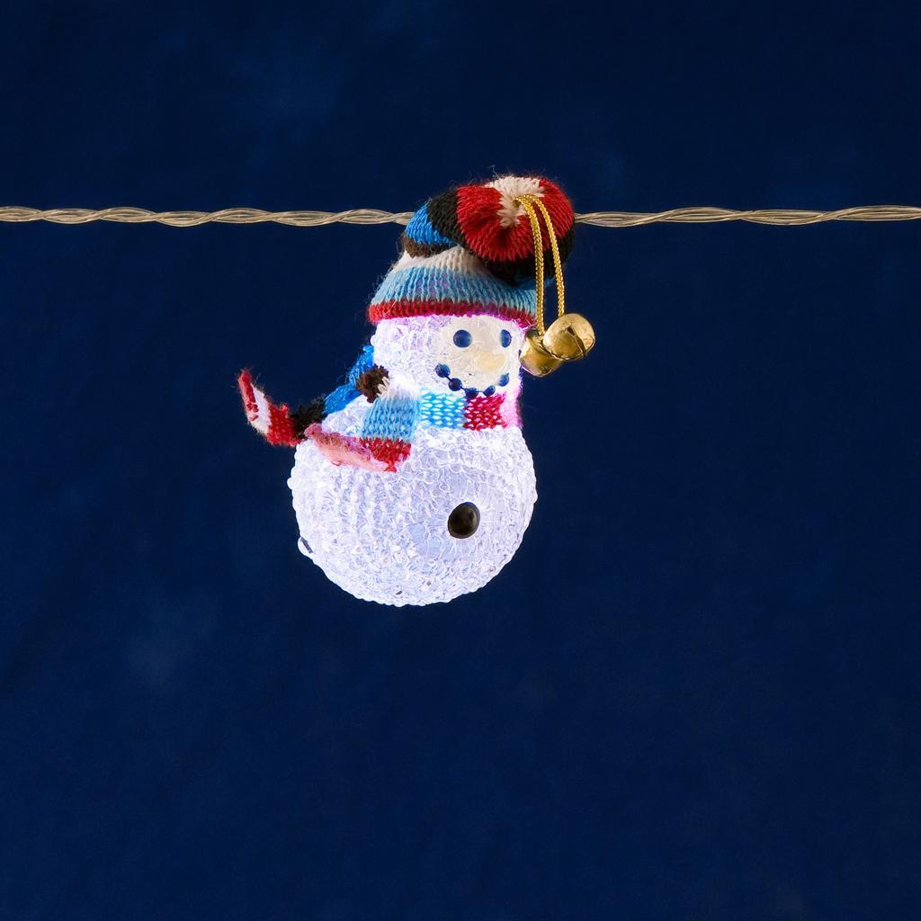 Ljusslinga 8 snowmen christmas lighting for 59 victorian lighted black lamp post christmas decoration
